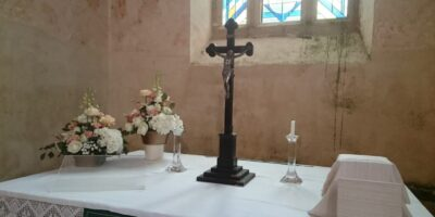 Muhu Katariina kiriku altar