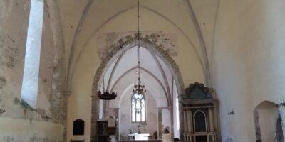 Muhu kiriku sisevaade